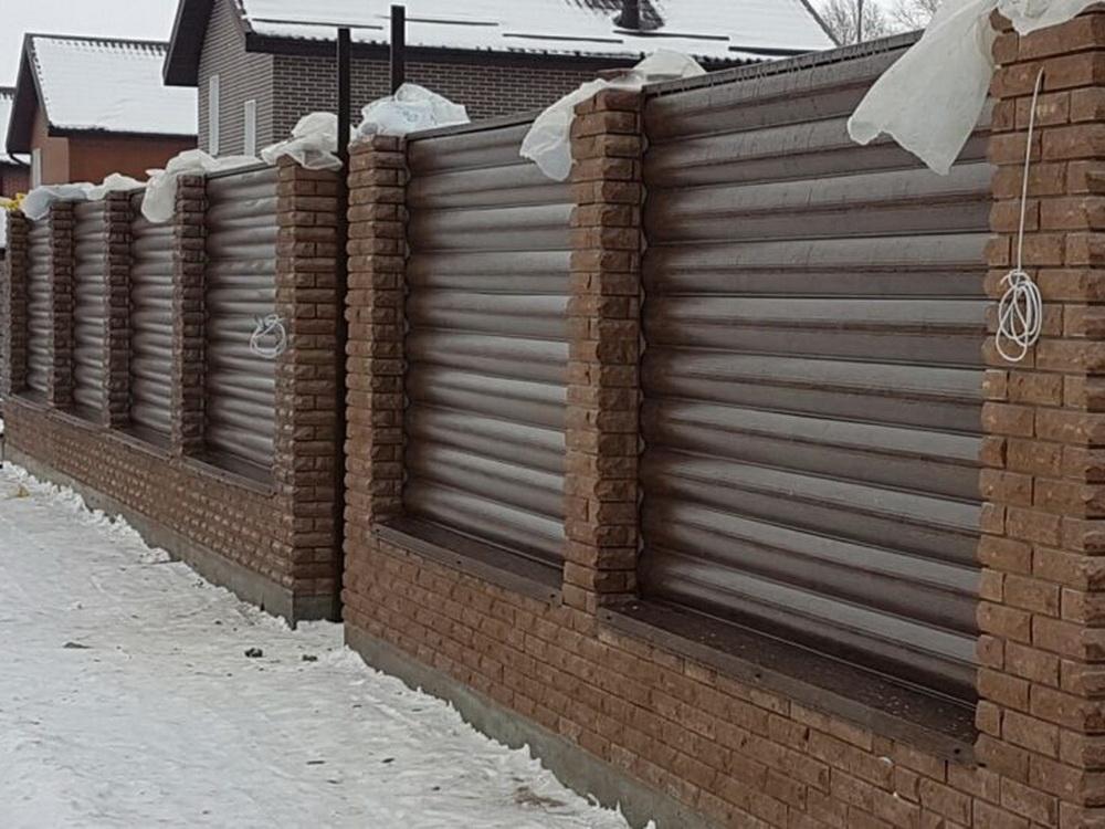 Забор под сайдинг фото изнутри
